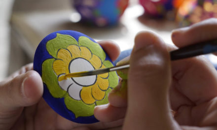 Learn to paint in the Ceramic Workshop of Xcaret