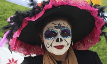 How to dress to celebrate Dia de los Muertos in Mexico