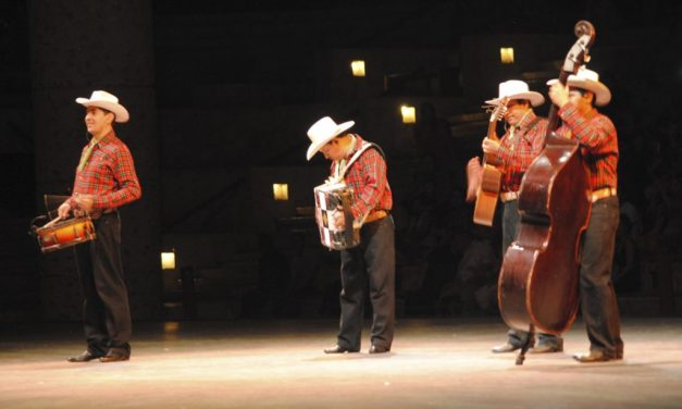 Xcaret presents new México Espectacular show