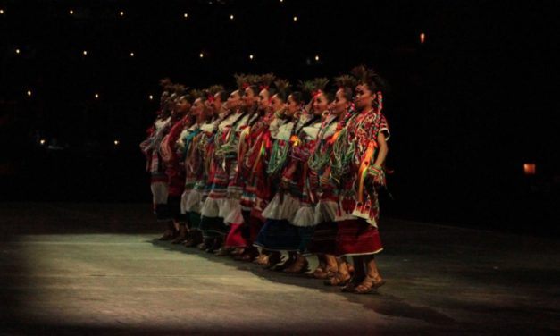 Flor de Piña, a traditional dance from Oaxaca at Xcaret