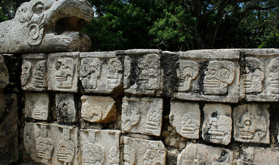 Buildings to see at Chichen Itza besides the Kukulkan Pyramid