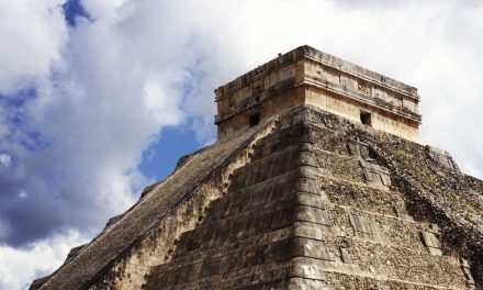Secrets of the Temple of Kukulkan