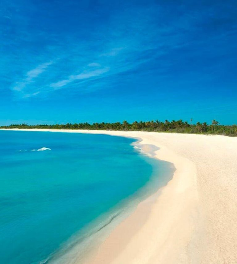 Top 10 most emblematic places of the Riviera Maya-beach