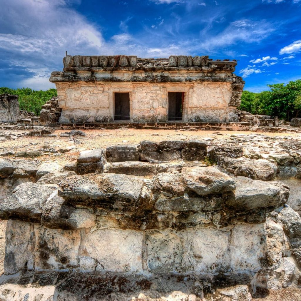 The-must-see-places-for-a-Cancun-vacation-el-rey