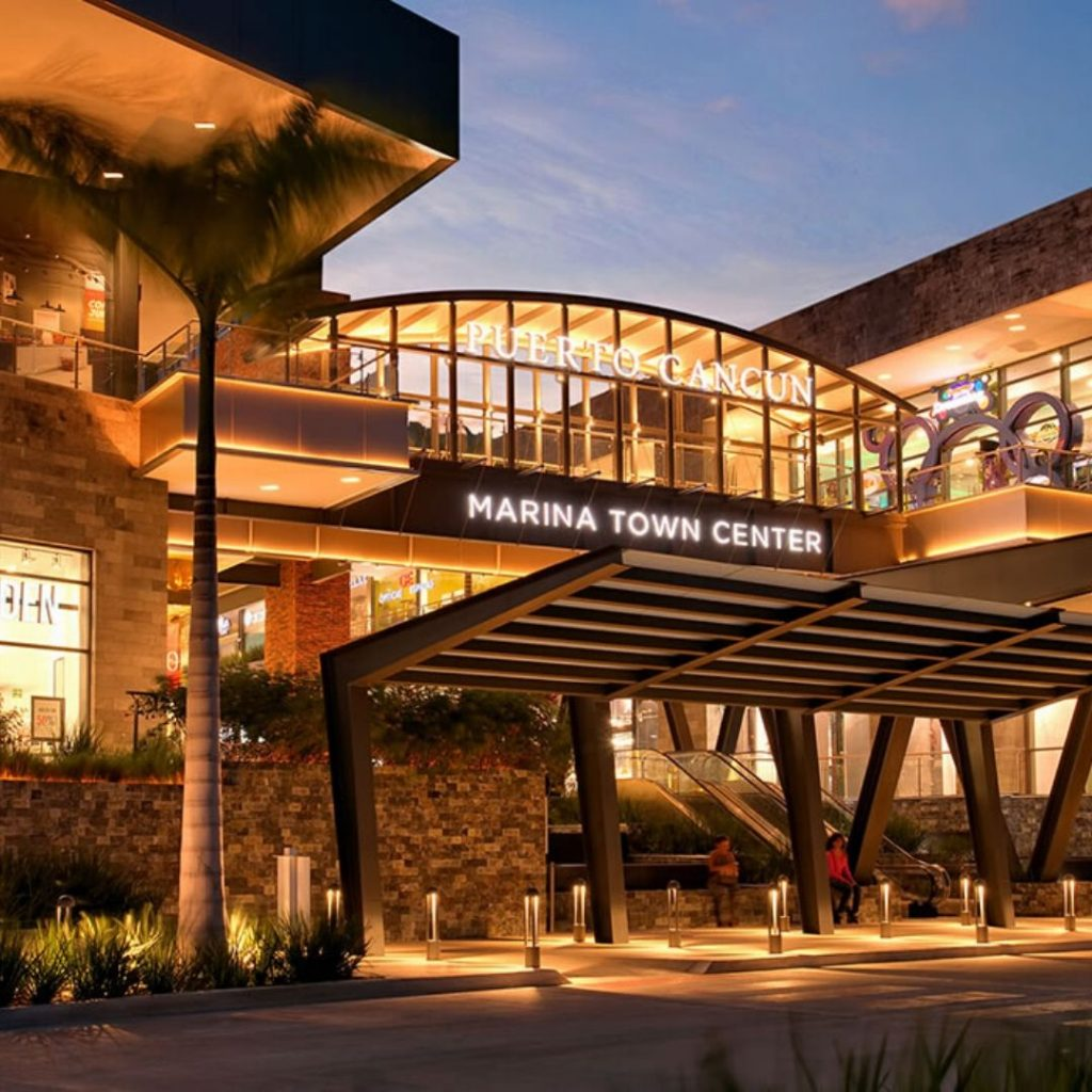 The-must-see-places-for-a-Cancun-vacation-marina-town-center