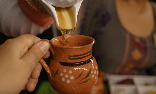 How to prepare Café de Olla – a traditional Mexican coffee