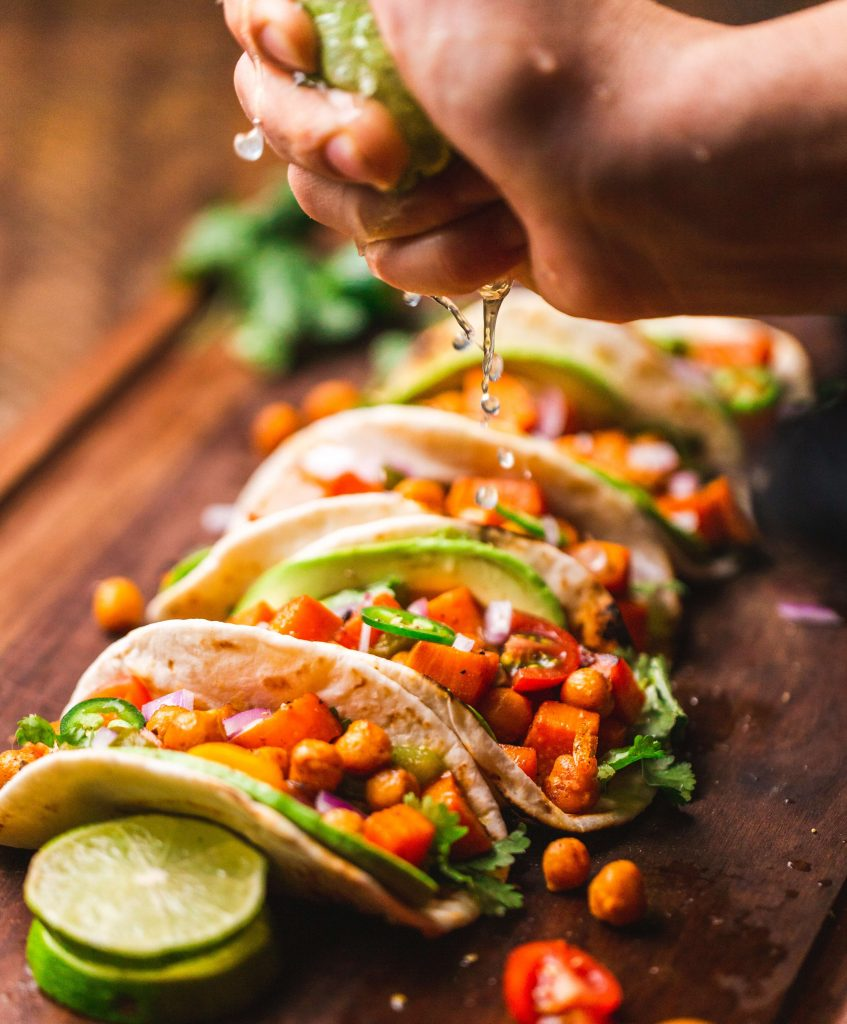 tacos with lemon - Unusual things that only Mexicans love to do