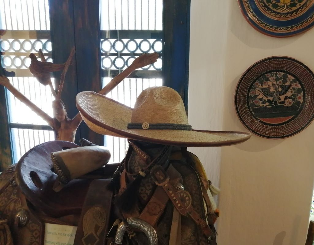 10 most popular crafts in mexico- charro hat
