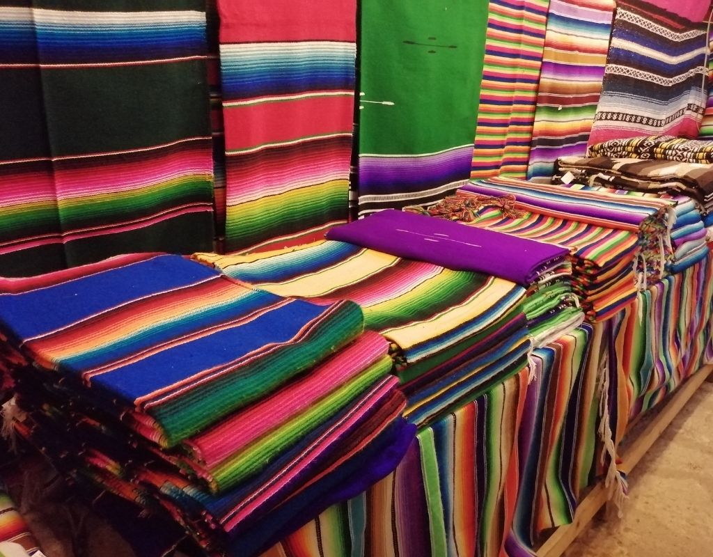 10 most popular crafts in mexico- sarape