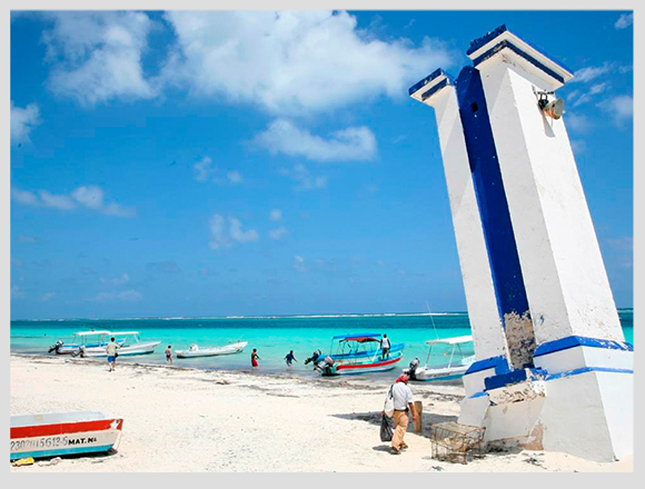 Landmarks of Cancun and Playa del Carmen