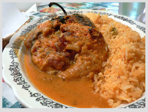 chile relleno con arroz