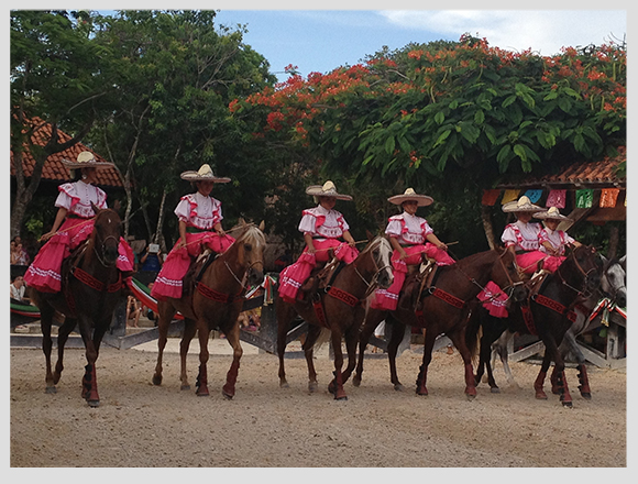Xcaret: Mexico saw from its artistic presentations