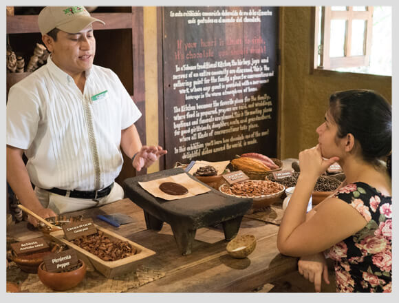 5 Interactive workshops that you can take in Xcaret